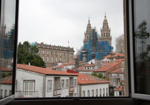 Vistas da catedral dende Aula 22 e 21